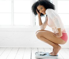 8 Ways To Lose 10 Pounds Without Exercise // weight loss: woman scale weight diet picture © Thinkstock Weight Loss Plans, Easy Weight Loss, Weight Loss Program, Healthy Weight Loss, Lose 5 Pounds, Losing 10 Pounds, Loose Weight, Reduce Weight, Body Weight