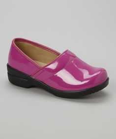 Look at this Josmo Fuchsia Patent Clog on #zulily today!