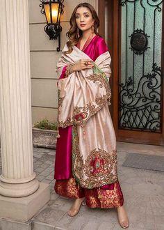 Pakistani Fashion Party Wear, Pakistani Wedding Outfits, Indian Fashion Dresses, Indian Designer Outfits, Indian Outfits, Indian Designers, Ethnic Outfits, Designer Dresses, Beautiful Pakistani Dresses