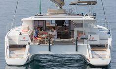 <p>Avec un design retravaillé et luxueux, ce catamaran à voile vous procurera encore plus de plaisir, de convivialité et de confort !</p>