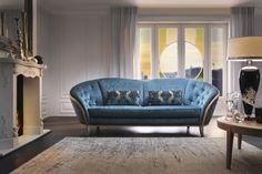 Sofa Diamante to glamour na najwyższym poziomie połączony z innowacyjną technologią Aquaclean. Tkaniny Aquaclean wyczyścisz samą wodą. Zapomnij o plamach i ciesz się wolnością jaką daje Ci Aquaclean.