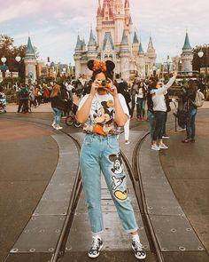 Vintage Park Style Walt Disney World Disney style Disney Tee Disney Outfi Disney Cute, Cute Disney Outfits, Disney World Outfits, Disneyland Outfits, Cute Disney Pictures, Disney Day, Disney Inspired Outfits, Disney Style, Disney Fashion