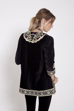 Visitá la nueva colección Invierno 16 en Rapsodia.com > Saco Wadi Amber