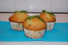 Muffin menta e cioccolato, scopri la ricetta: http://www.misya.info/2012/07/08/muffin-menta-e-cioccolato.htm