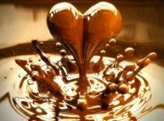 Znalezione obrazy dla zapytania kawa ciastka czekoladki cukierki