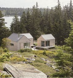 Good things come in threes. There is a total of 890 sq. of living space in the three cabins. The largest cabin measures 16 ft. by 26 ft. Tiny House Cabin, Cabin Homes, Tiny House Village, Modern Tiny House, Tiny Cabins, Cabin Design, House Design, Bungalow, American Houses
