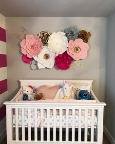 "1,230 Likes, 13 Comments - Paper FlowersFlores De Papel (@shopoliposa) on Instagram: ""Gorgeous  set up by Mommy to be, Health and Fitness Coach @dannydettrafitness  Crib/Bumper:…"""