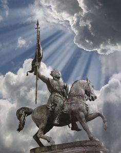 Statue of Godfried de Bouillon, first King of Jerusalem and Belgian crusader, on King's Square (Koningsplein), Brussels #belgium