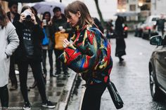 LFW-London_Fashion_Week_Fall_16-Street_Style-Collage_Vintage-JW_Anderson-6 With optimal health often comes clarity of thought. Click now to visit my blog for your free fitness solutions!