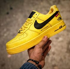 83b911cf1 Nike Air Force 1 X Supreme X The North Face Yellow