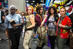 All-female Firefly crew cosplay - so awesome! I'm just sad some of the characters are missing