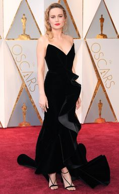 Brie Larson in a black Oscar de la Renta dress - click through for more best dressed at the 2017 Oscars