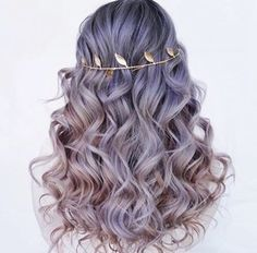 This is my last pin on Hair Inspiration No.1, I am creating a new board be cause I felt that this board was over filled.