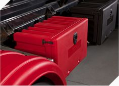 DS Custom Toolboxes have been designed to suit a broad range of truck and trailer use, including semi trailers, low loaders, tippers and body trucks.   #TruckToolboxes  #truck #ToolBoxes http://www.dscustomtoolboxes.com.au/
