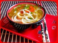 Луковый суп с рисовой лапшой и соевым соусом Ramen, Soup, Cooking, Ethnic Recipes, Kitchen, Cuisine, Cuisine, Home Kitchens, Soup Appetizers