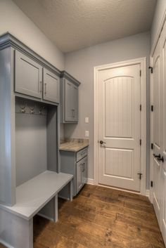 "Fantastic ""laundry room storage diy shelves"" information is readily available on our internet site. Check it out and you wont be sorry you did. Mud Room Garage, Mudroom Laundry Room, Laundry Room Remodel, Laundry Room Design, Garage Entry, Cubbies, Ranch Style, My Living Room, Interiores Design"