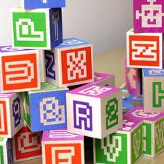 Les familles fans de pixel art et des cubes Uncle Goose adoreront sûrement les Bitblox.