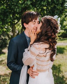 Lovely moments surprising by Ania Margoszczyn. This bohemian real bride wore our romantic Eden dress on her big day. Divine Atelier, Couture Details, Romantic Weddings, Big Day, Brides, Feminine, Bohemian, Glamour, Couple Photos