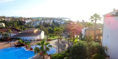 Hotel: Aldiana Alcaidesa ,Costa del Sol, Spanien © Carina Krottmair / Restplatzbörse Hotels, Mansions, House Styles, Outdoor Decor, Home Decor, Travel, Last Minute Vacation, Mansion Houses, Homemade Home Decor