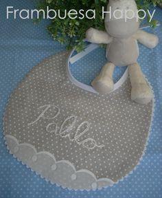 Crochet Bib, Kit Bebe, Baby Crafts, Baby Bibs, Kids Wear, Baby Quilts, Sewing Hacks, Kids Rugs, Baby Shower