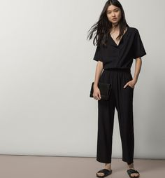 FLOWING BLACK JUMPSUIT