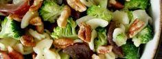 salada-macarrão-brocolis-uvas-nozes