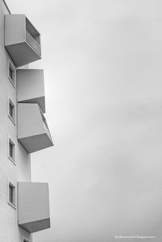 vestamager - københavn - anon - 2012 - photo by a kiss Space Architecture, Beautiful Architecture, Architecture Details, School Architecture, Kyoto, Minimal Art, Arch Building, Unusual Homes, Brick And Stone