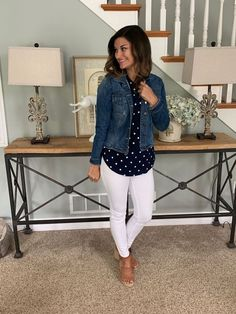 Spring / Summer Outfits 42 Casual Spring Outfits To Wear Now Who wears thigh high boots? Spring Work Outfits, Casual Work Outfits, Business Casual Outfits, Work Casual, Fall Outfits, Fashion Outfits, White Pants Outfit Spring Work, Comfy Work Outfit, Spring Wear