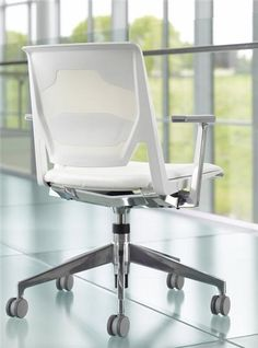 Haworth Very Conference Chair - Tetro Back