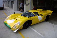 Lola T70 MKIII B