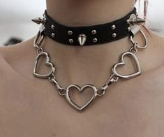 Find images and videos about black, grunge and aesthetic on We Heart It - the app to get lost in what you love. Grunge Jewelry, Gothic Jewelry, Cute Jewelry, Jewelry Accessories, Women Jewelry, Emo Jewelry, Edgy Outfits, Grunge Outfits, Mode Emo