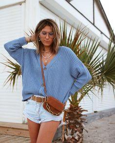 "• S a n d r i n e • Ou Chon on Instagram: ""blue blue blue 💙💙💙 #casualstyle #denimstyle #knitwear #nastygal #nastygalsdoitbetter #denimshorts"" Nasty Gal, Denim Fashion, Knitwear, Denim Shorts, Cozy, Knitting, Blue, Instagram, Style"