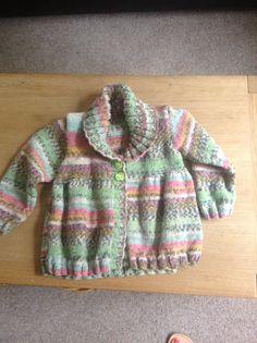 Baby jumper Baby Jumper, Knitting Projects, Sweaters, Fashion, Moda, Fashion Styles, Sweater, Fashion Illustrations, Sweatshirts