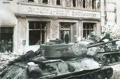 Colorizations By Users - Ww1 Pictures, Danzig, World War, March, History, Ww2, Tanks, Berlin, Painting