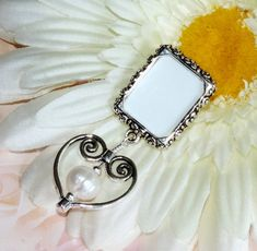 Small Picture Frames, Wedding People, Clip On Charms, Photo Pin, Heart Frame, Photo Charms, Memorial Gifts, Brilliant Diamond, Bride Gifts