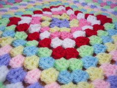 giant granny square crochet ✿⊱╮Teresa Restegui http://www.pinterest.com/teretegui/✿⊱╮