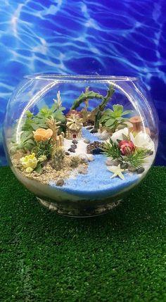 DIY Sand Art Terrarium Ideas & Projects Everyone Will Love 34 Felt Succulents, Succulents Garden, Beach Gardens, Small Gardens, Air Plants, Indoor Plants, Mini Fairy Garden, Fairies Garden, Succulent Terrarium