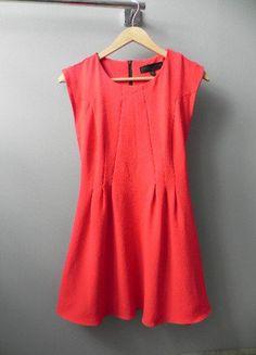 Malinowa rozkloszowana sukienka Topshop SM