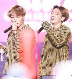 #iKON #Bobby Bobby, Funny Gifs, Funny Memes, Hip Hop, Smile Gif, Chanwoo Ikon, Kim Ji Won, Fan Page, Yg Entertainment