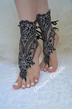 Gorgeous! for Gothic Wedding  - Black Bridal Anklet - Barefoot Beach Sandals by UnionTouch