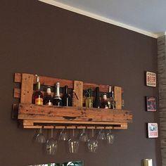 Vasos y botella de vino de estante por Legnaia en Etsy