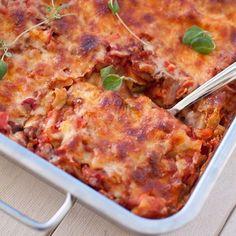 Lasagne med grønnsaker og linser på menyen i dag // Veggie Lasagna #lasagna #lasagne #veggie #meatfreemonday #oppskriftpåbloggen #f52grams #feedfeed