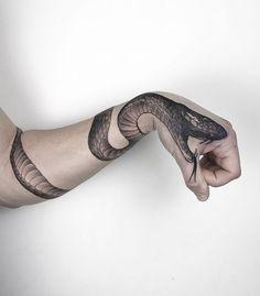 Tattoo Ideen Snake Arm Sleeve Tattoos Snake Wrapped Around Arm Tattoo Hand Tattoos, Arm Sleeve Tattoos, Wolf Tattoos, Forearm Tattoos, Body Art Tattoos, Girl Tattoos, Tattoos For Guys, Tattoo Arm, Arm Wrap Tattoo