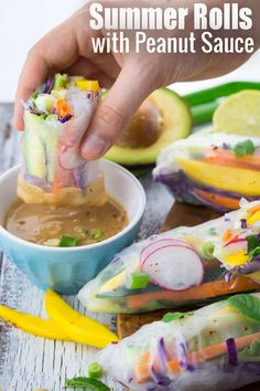 Healthy Recipes If you're looking for healthy summer recipes, these summer rolls with peanut sauce are perfect for you! They're one of my favorite light recipes or vegan recipes and they're packed with flavor! Healthy Summer Recipes, Healthy Snacks, Vegan Snacks, Healthy Rolls, Vegan Recepies, Vegan Potluck, Paleo Vegan, Spring Recipes, Vegan Food