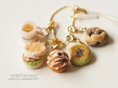 4つのパンとミルクティのチャームセット♪ |SWEETS BASKET (S*Basket)