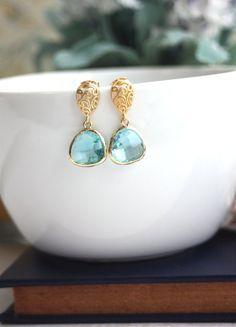 Wedding Jewelry for Mom? - Ask Emmaline    #askemmaline #giftideasformom #giftsformotherofthebride #jewelryforbride'smom #jewelryformotherofthebride #jewelryideasformotherofthebride #motherofthebridegifts #mother'sdaygifts #mother'sjewelry #weddingadvice #weddinggifts #weddingjewelryformom   Wedding Jewelry for Mom - matte gold paisley earrings with aquamarine (by marolsha)