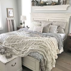 Stunning 47 Pretty Bedroom Ideas For Home. Stunning 47 Pretty Bedroom Ideas For Home. Stunning 47 Pretty Bedroom Ideas For Home. Farmhouse Bedroom Decor, Home Decor Bedroom, Rustic Farmhouse, Farmhouse Ideas, Gray Home Decor, Cozy Master Bedroom Ideas, White Rustic Bedroom, Bedroom Sets, Bedding Master Bedroom