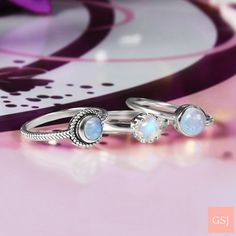 #moonstone #moonstonerings #moonstone #moonstonesilverjewelry #ring #silverjewelry Blue Moonstone, Rainbow Moonstone Ring, Moonstone Jewelry, Silver Jewelry, Jewelry Design, Jewelry Ideas, Wedding Rings, Engagement Rings, Gemstones