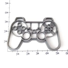 PS3 Dual-Shock Controller Cookie Cutter, so you can make cookies for all the gamers you know and love. - Handmade - 3D Printed with ABS - Dishwasher safe Plastic cookie cutter ideal for cookie-cutter-
