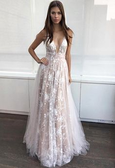 A-line Sexy Lace-Appliques Deep-V-Neck Layers Prom Dresses_Prom Dresses 2017_Prom Dresses_Special Occasion Dresses_Buy High Quality Dresses from Dress Factory - Newarrivaldress.com